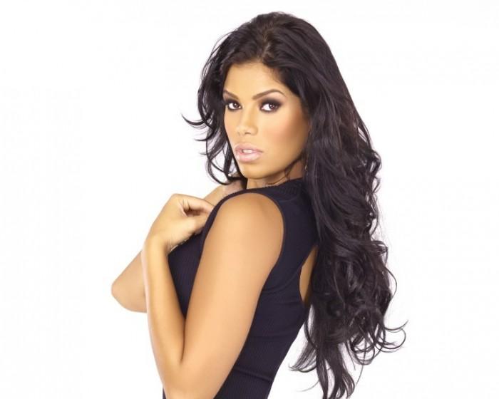 Suelyn Medeiros Nude Photos 49