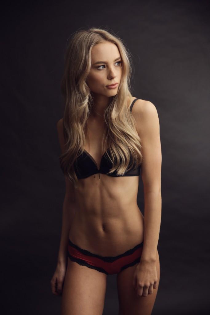 Amber Davis Nude Photos 60